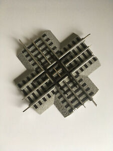 Lionel Fastrack 90 Degree Crossover Track track O Gauge 6-12019 - used