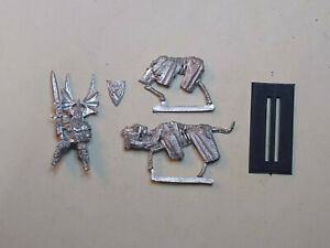 Warhammer Vampire Counts- 1x Wight Lord Mounted. Classic metal. OOP