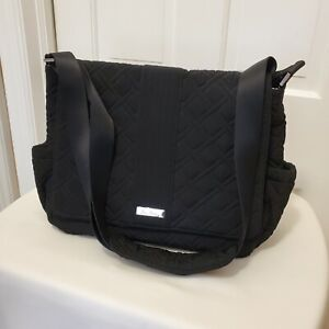 VERA BRADLEY MESSENGER BABY BAG IN QUILTED CLASSIC BLACK