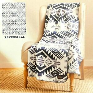 Pendleton Home Collection Classic Jacquard Throw Reversible Westward Journey