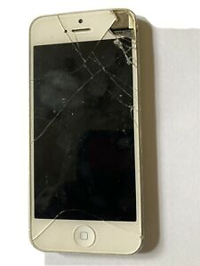 Iphone 5s unlocked 16gb (cracked screen) For parts
