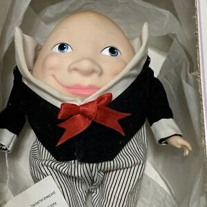 Vintage 1988 Effanbee Humpty Dumpty Nursery  Rhymes Doll FB2903