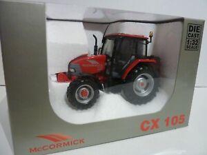 Miniature tracteur McCormick CX 105 Universal Hobbies1/32