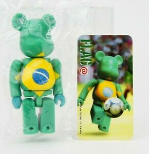 Medicom Bearbrick Be@rbrick 100% Series 3 Flag Brazil Soccer 2002 Rare Figure