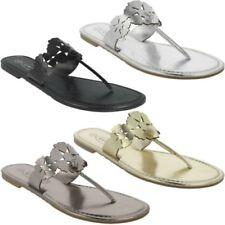 Sandali e scarpe casual Spot On oro per il mare da donna