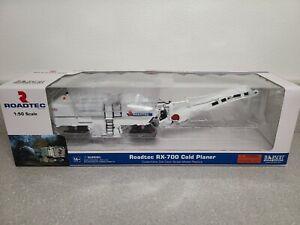 Roadtec RX-700 Cold Planer - Norscot 1:50 Scale Model #584375 New!