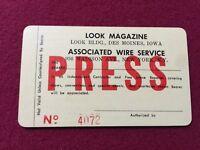LOOK MAGAZINE PRESS PASS- MAGAZINE VINTAGE New York , NY 1967 Super Rare Orginal