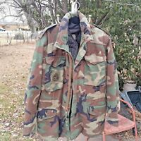 US Military Woodland Camo Cold Weather Field Coat Lined Men's Med Long Unisex