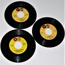 MARVELETTES - TWISTIN' POSTMAN / BEECHWOOD 4-5789 / PLAYBOY -  3 x Tamla 45's