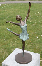 Bronzefigur Ballerina Tänzerin mit gestrecktem Bein Dekorationsfigur