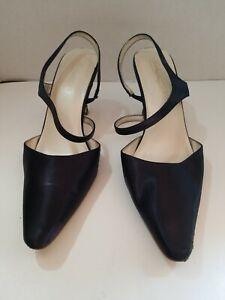 Michaelangelo women's high heels shoes size 10M blue navy lace Back