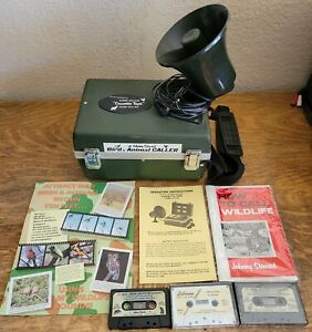 Johnny Stewart Deluxe Cassette Tape Game Caller w/Instructions + Tapes WORKING!!