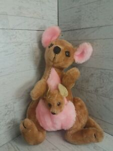 Vintage Disney  Kanga & Roo Plush Winnie the Pooh  EUC *Free Shipping