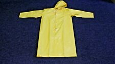 Light weight WATERPROOF FISHING JACKET MENS SIZE MED WITH HOOD
