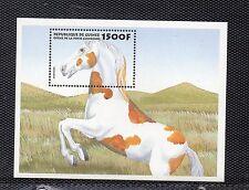 Guinea hojita bloque tema fauna caballos del año 1999 (J-610)