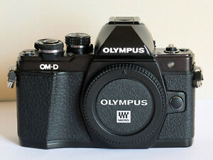 Olympus OM-D E-M10 Mark II Black Body BOXED MINT VERY LOW USE