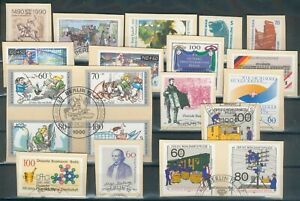 Berlin Lot Marken auf Briefstücke 1990, mit Berlinstempel , Michel 35 Euro