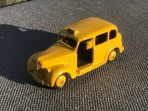 Vintage Dinky Toys Austin Taxi #40H - in Good Restored Condition
