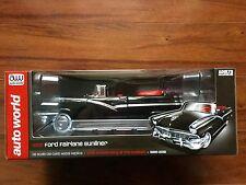 AUTO WORLD 1/18 D/C BLACK 1956 FORD SUNLINER CONVERTIBLE LTD EDIT # 1072 F/S