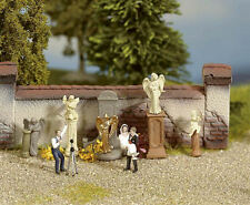 Noch Gravestones and Statues 14872 HO Scale (suit OO also)