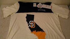 San Diego Padres Women's T-shirt - Size Large