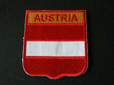 BACKPACKERS NATIONAL COUNTRY SHIELD FLAG SEW/IRON ON PATCH:- AUSTRIA