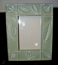 """Green Leaf Decorative Picture Frame 7""""x8.5"""" for 3""""x4.5"""" Picture"""