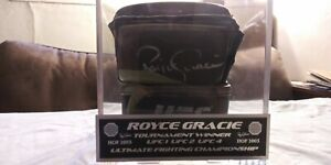 UFC Royce Gracie Autograph Camouflage Glove in Case Auto Signed Silver Ink