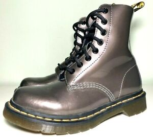 DR. MARTENS Womens/Girls Sz 5 8 Eye 1460 Smooth Patent Leather Gray Boot Combat