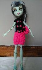 habit fait main pour doll type monsterhigh handmade outfit Kleidung Handarbeit