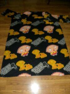 Family Guy Snuggie Fleece Wearable Blanket Sleeves Black Pee on Lois Stewie 2009