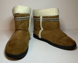 Isotoner Slipper Booties Womens 8.5 /  9  Comfort & Style Shoes Tan