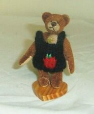 Bruno Ganz Cottage Collectibles mini 3in  bear in knitted sweater & stand 7003