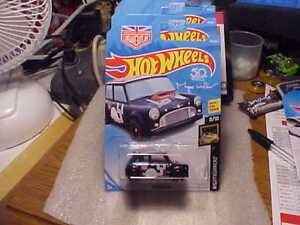 Hot Wheels Kmart First To Market Nightburnerz Morris Mini