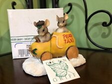 Charming Tails Pear Taxi Figurine! Retired!