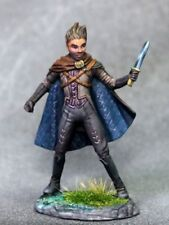 DARK SWORD MINIATURES - DSM7630 Male Rogue w/Dagger