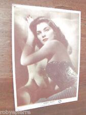 Cartolina non viaggiata anni '50 DEBRA PAGET Ragazze alla finestra Postcard
