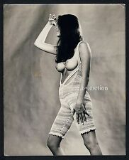 Mode OBEN OHNE MONOKINI TOPLESS NUDE BOOBS Fashion * Vintage 60s GB Press Photo