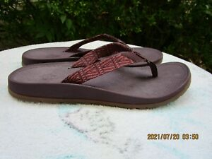 NEW WOMENS CHACO FLIP FLOPS SIZE 12