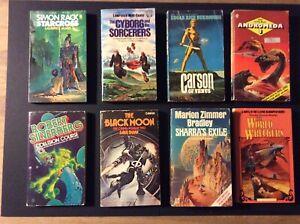 VINTAGE SCIENCE FICTION PAPERBACK BOOKS BUNDLE