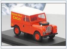 LAN188017 Land Rover Series I SWB Bertram Mills Circus, Oxford 1:43, NEU&