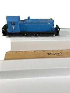 AHM HO Train Santa Fe Powered SW Custom Paint Runs Great (KJT429)
