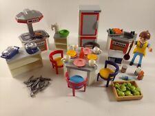 sympa cuisine  base 4283  playmobil ( maison ) 1875