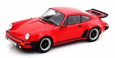 Voitures miniatures rouges Porsche