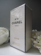CHANEL No. 19 F Pure Parfum 7.5ml for Her