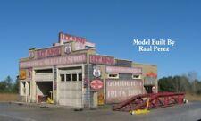 N Scale Route 66 Series: Lee King's Radiator and Muffler Repair Shop Kit (1100)