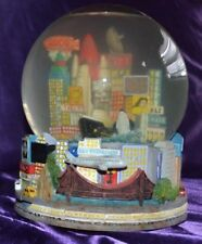 RARE New Years San Francisco Musical Snow Globe Plays Auld Lang Syne 2000 Y2K