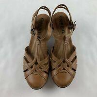 Cobb Hill Aubrey Women 7 Narrow Tan Brown T-Strap Sandals Shoe CBD12TN