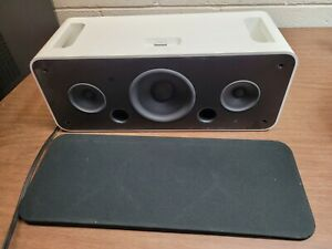Apple iPod HIFI Speaker System Sound Dock - 30 Pin and Aux Input - A1121