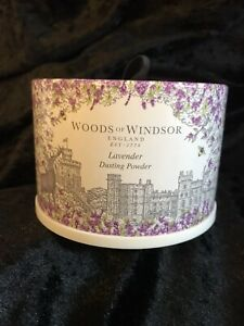 New Woods of Windsor Lavender Dusting Powder 100g With Puff